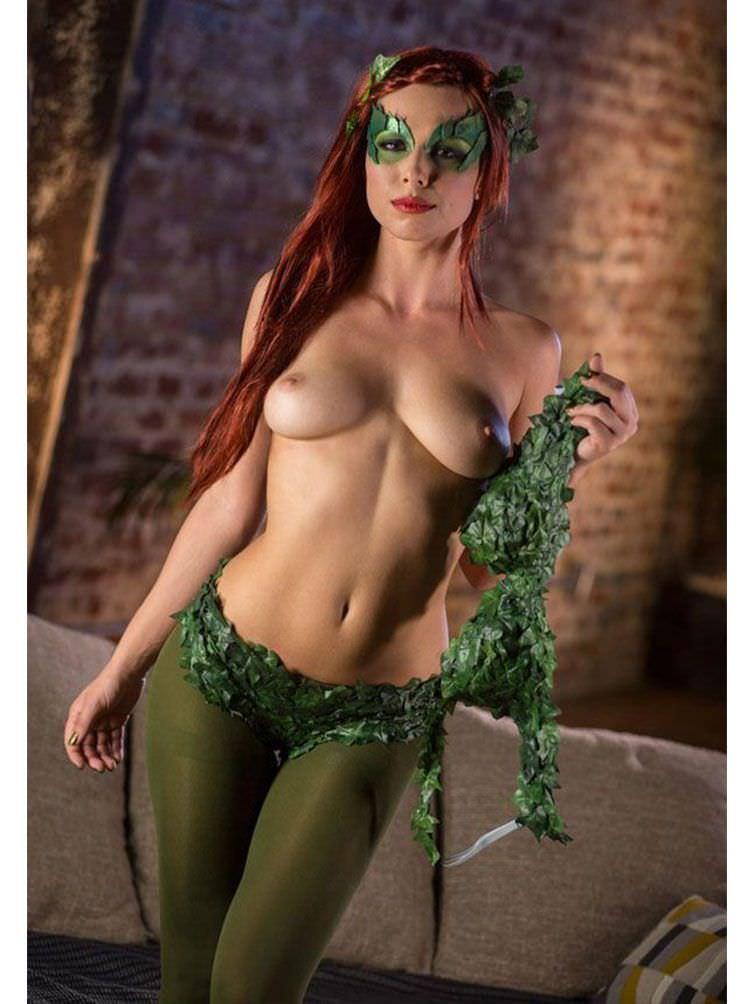 Aidra Fox As Poison Ivy