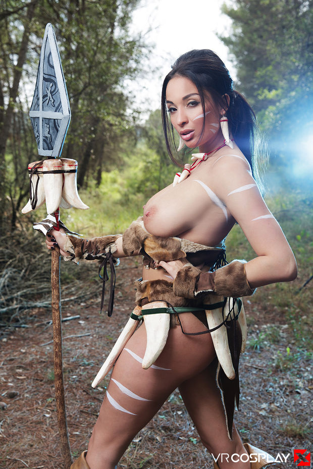 Anissa Kate As A Topless Nidalee From League Of Legends