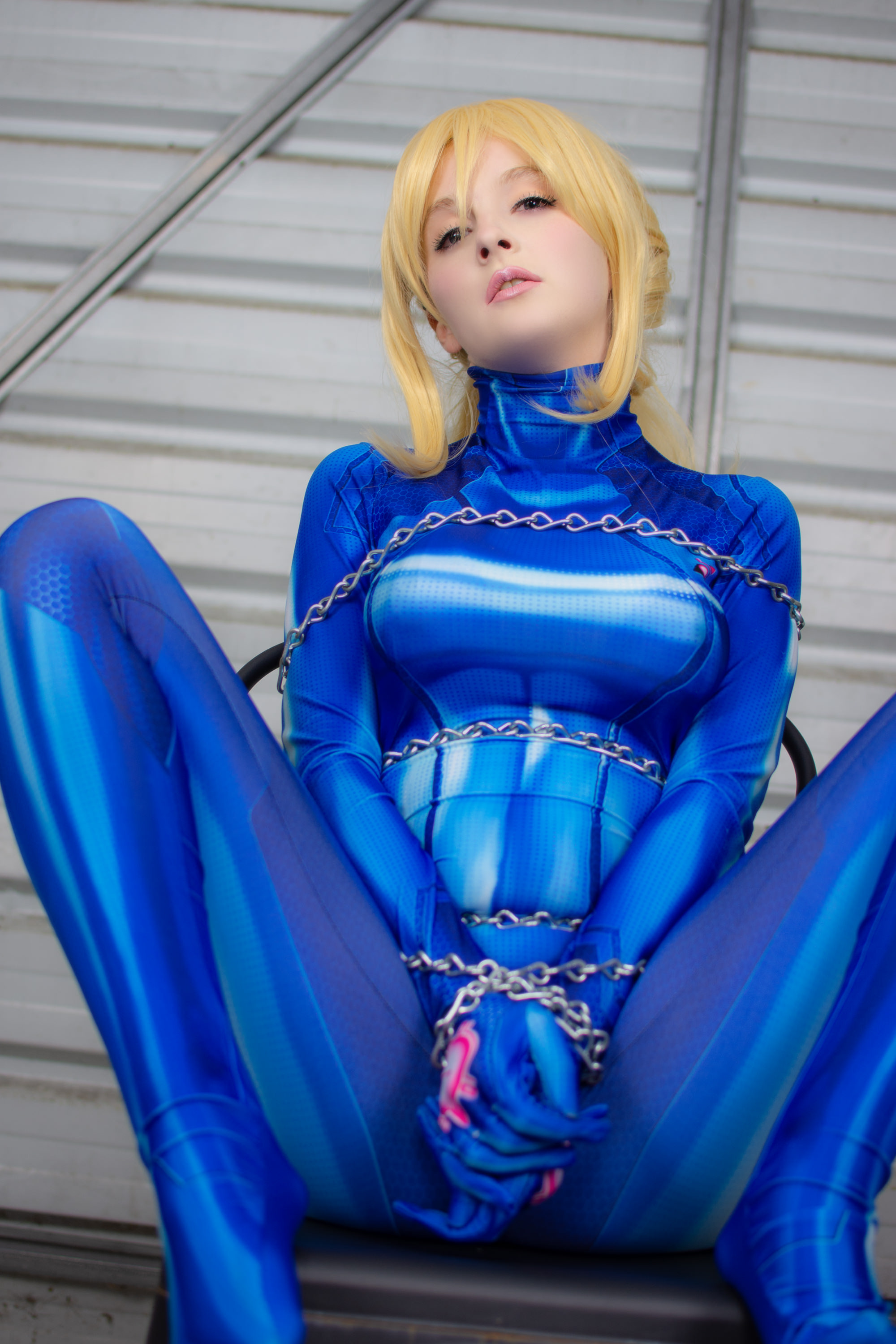 Samus All Tied Up In Chains