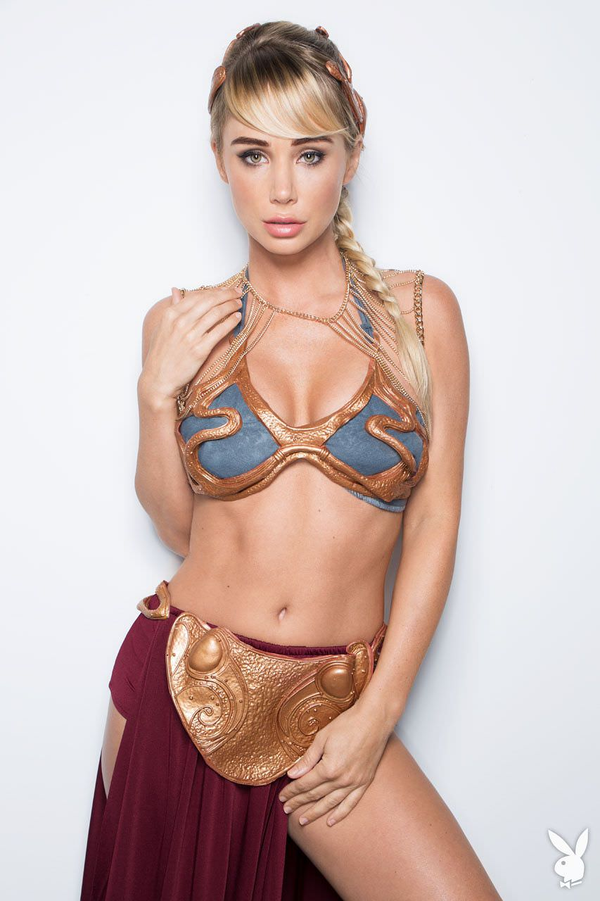 Sara Jean Underwood As Slave Leia