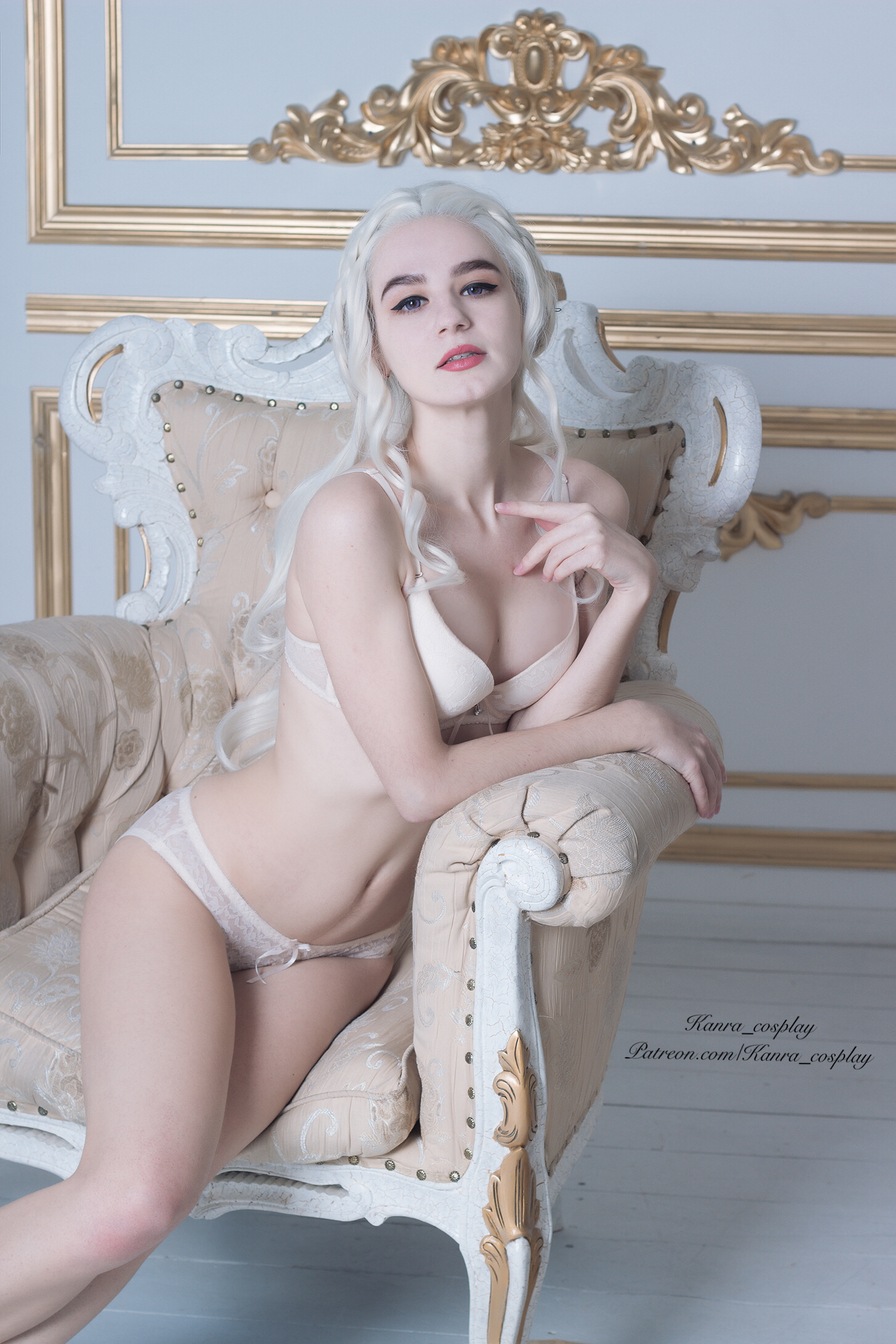 Every Queen Need A Rest. Daenerys Targaryen Sexy Version By Kanra_cosplay.