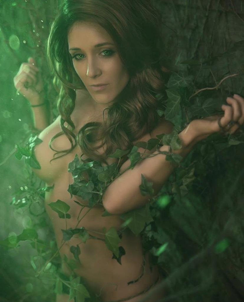Luvsydneymarie As Poison Ivy