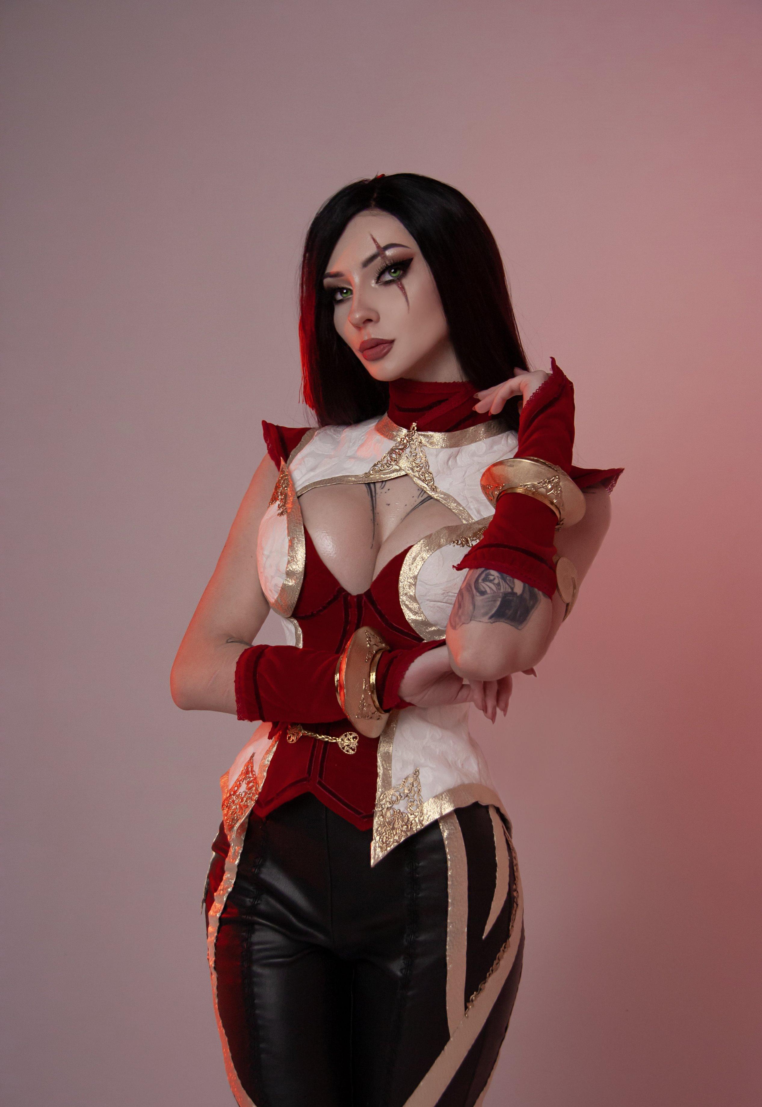 Xenon Cosplay – Katarina
