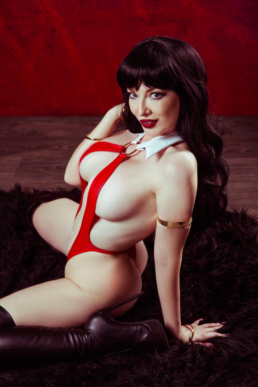 Vampirella Ashlynne Dae