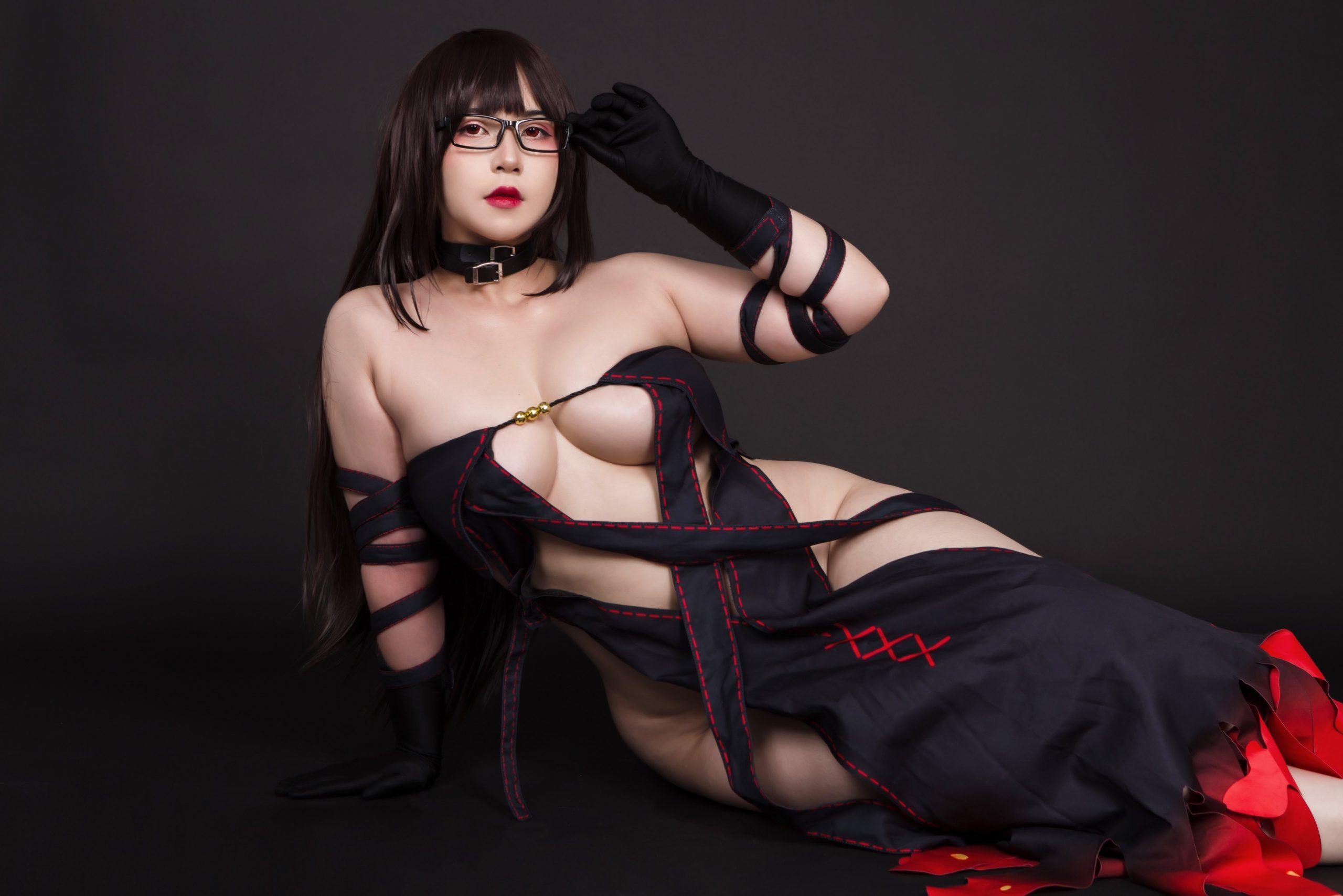 Yu Miaoyi Cosplay By UyUy
