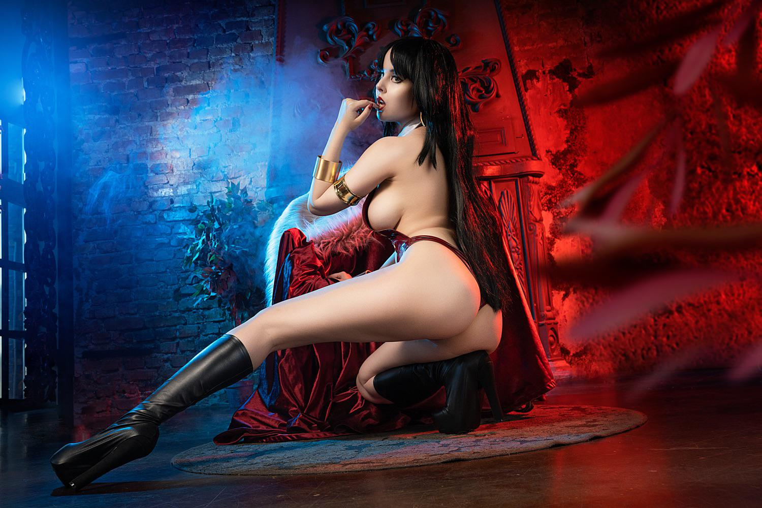 Vampirella By Helly Valentine