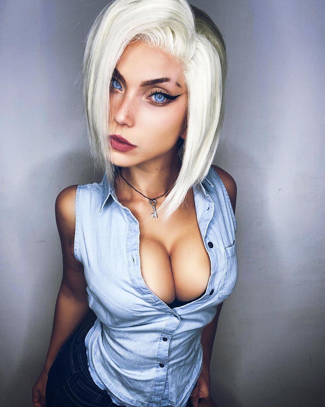 Android 18 By Eugenia Haruno Bellomia @soryu_geggy_cosplay