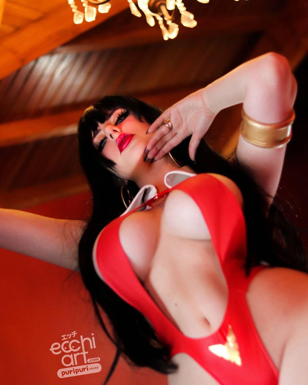 Vampirella By Giu Hellsing