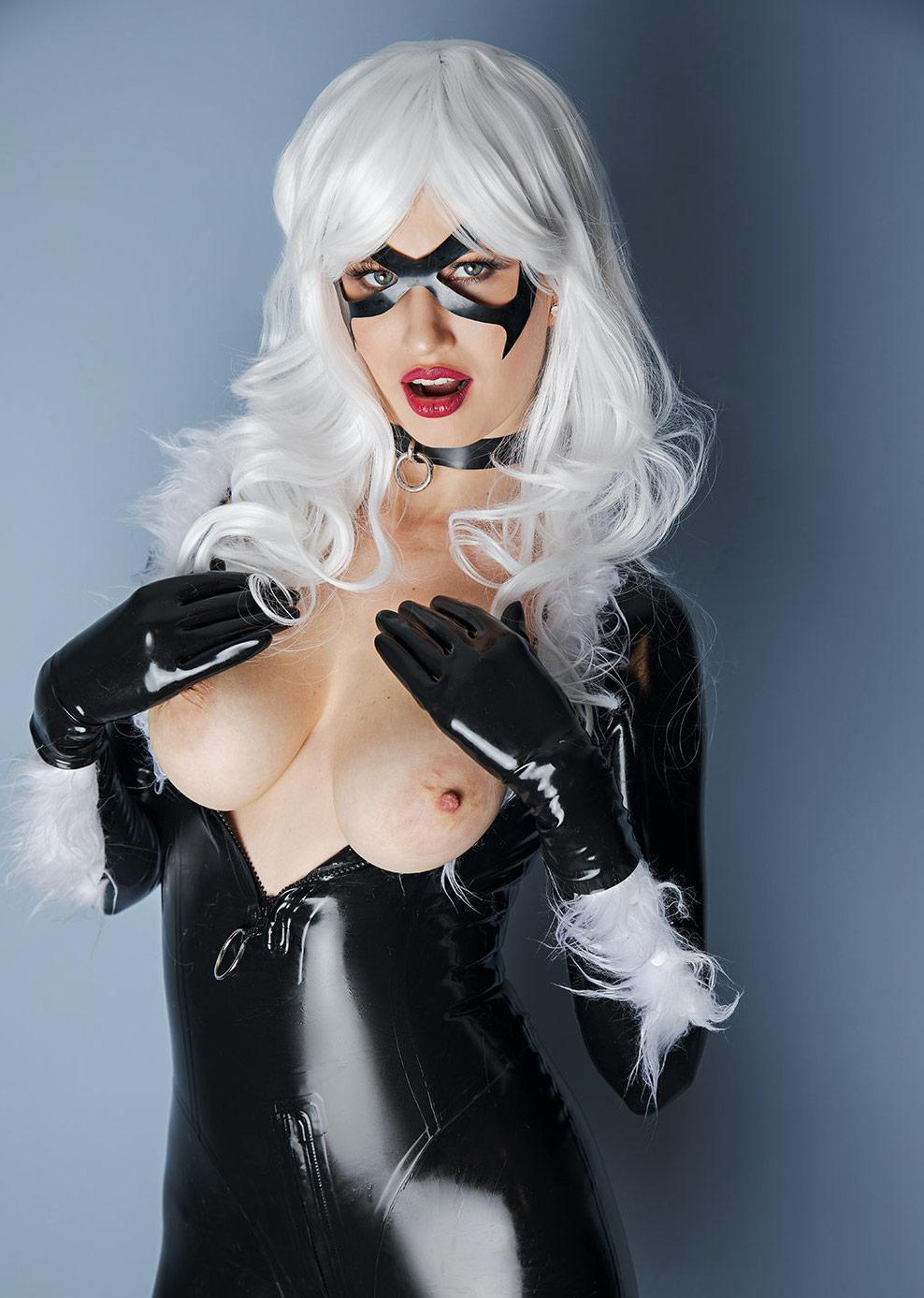 Stella Cardo As Black Cat
