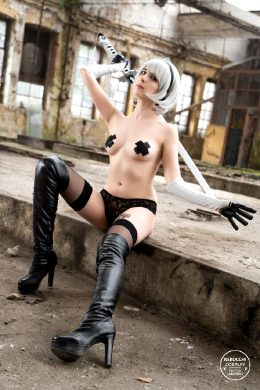 2B From Nier: Automata By Kerocchi