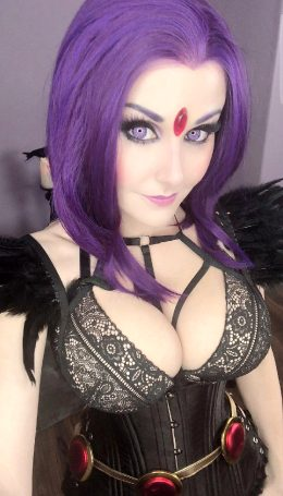 Angie Griffin As Raven