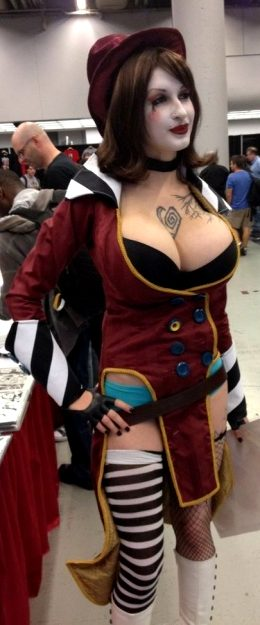 Ariane Saint Amour's Mad Moxxi Cosplay