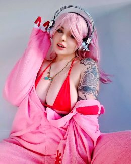 Beckah As Super Sonico