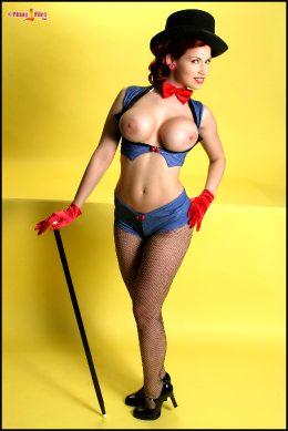 Bianca Beauchamp Showgirl