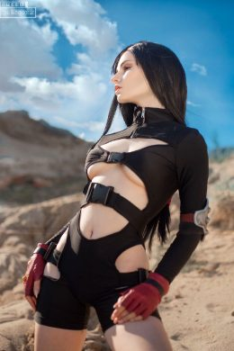 Christina Cosplay As Tifa, Final Fantasy