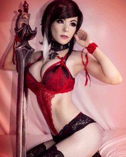 Danielle Beaulieu As Fiora