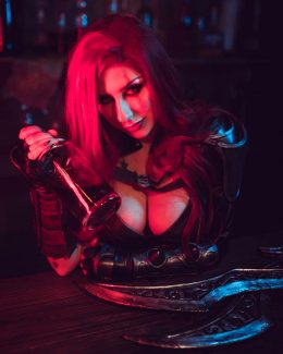 Giu Hellsing As Katarina