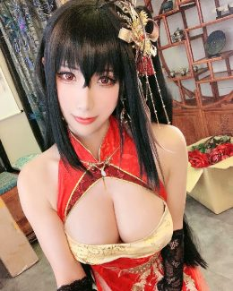 HaneAme As Taihou From Azur Lane