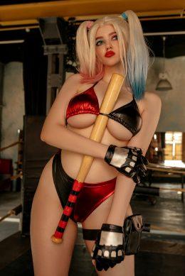 Harley Quinn Cosplay By Alina Becker