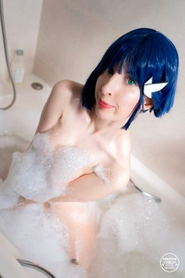 Ichigo Nude Cosplay From Darling In The FranXX By Kerocchi