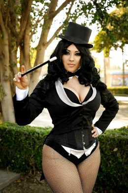 Ivy Doomkitty As Zatanna Zatara