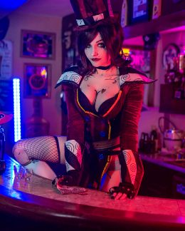 Mad Moxxi By Ri Care