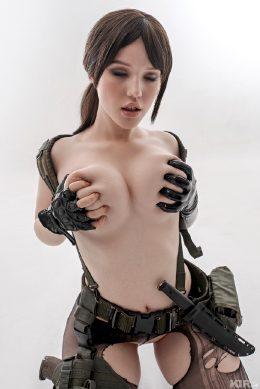 Metal Gear Solid – Quiet By Lada Lyumos
