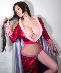 Mika Kano As Boa Hancock