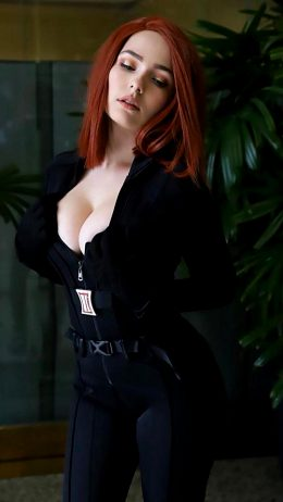 OMGcosplay As Black Widow