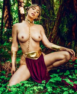 Sara Underwood As Slave Princess Leia