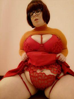 Velma's Boudoir Cosplay