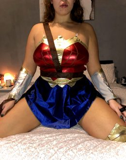 Wonder Woman By SluttyGFandBF